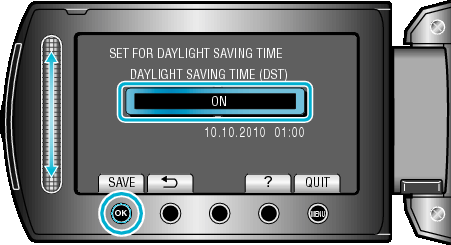 Komme igang Innstilling av sommertid Når ON velges i SET FOR DAYLIGHT SAVING TIME av CLOCK ADJUST, stilles klokken 1 time frem 1 Trykk på D for å vise menyen Ekstra tilbehør Produktnavn Batteripakke