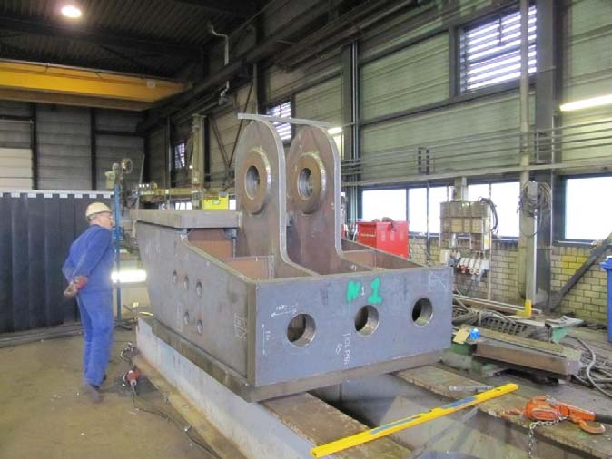 Status steel works at HSM: Cast in footings for support of steel arches are under production