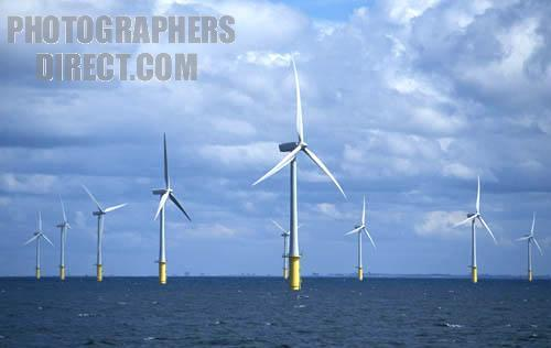 htm Oil & Gas installations versus offshore wind turbines?